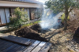 植栽土入れ2.jpg